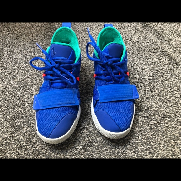 best sneakers 8dafc bf7e7 Nike PG 2.5 Size 4.5 Youth Fortnite shoes